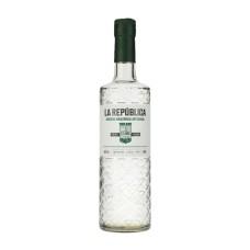 Gin La República, ginebra amazónica artesanal 700 cc